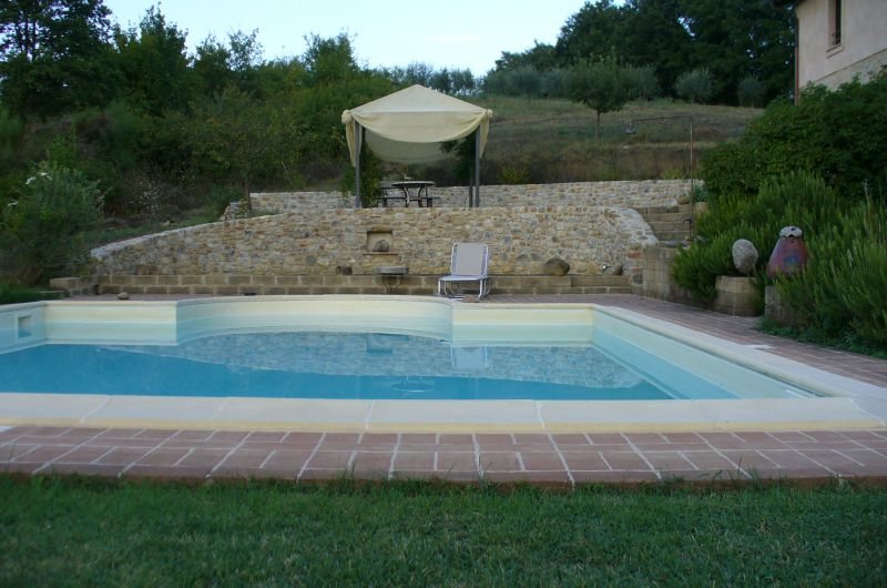 Villa in sasso con piscina in umbria findhouseitaly - B b umbria con piscina ...